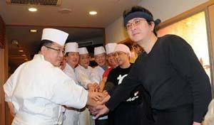 sushivsaky2.jpg