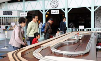 railwaymodel2.jpg