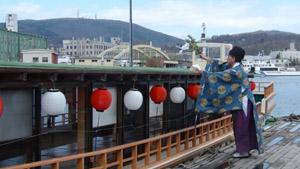 sightseeingboat2.jpg